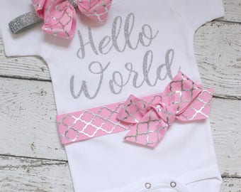Newborn Girl Clothes, Hello World Baby Outfit, Newborn girl Take home outfit, Coming Home Outfit, newborn girl photo outfit, hospital outfit