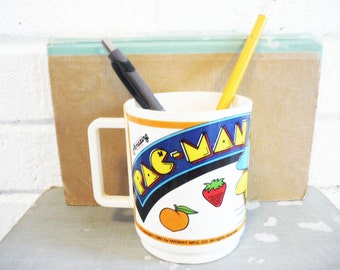 1980 Pac Man cup Midway video game memorabilia retro Pac-man geekery tech