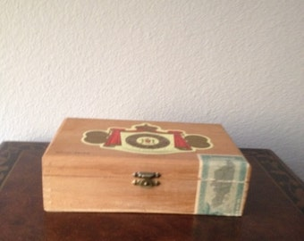 Royal Jamaica Tobacco Co Wooden Cigar Box