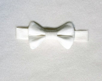 White Linen Bow Tie, White Bow Tie, Ring Bearer, Baby Tie, White Tie, Christening, Baptism, Baby Bow Tie, Christmas, Baby Boy, Toddler Tie