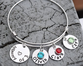 Mommy bracelet with childrens names and birthstones. Kids names, swarovski birthstone bracelet