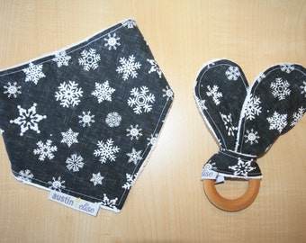 Christmas Bandana Bib Gift Set, Snowflake Bib, Baby Shower Gift, Baby Bandana Bib, Bunny Ear Teether, Baby First Christmas, Children Gift