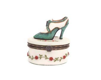 Vintage High Heel Ladies Shoe Rose Floral Cream Hinged Lid Trinket Keepsake Shoe Jewelry Box Green and White Lace Up
