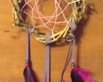 Dream catcher Purple glow in the dark grapevine