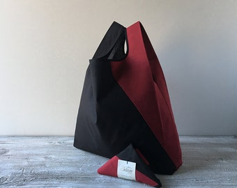 unisex tote bag with black and red geometric design / minimalist lunch bag for men and for woman / capaciuos grocery bag / elegant bag