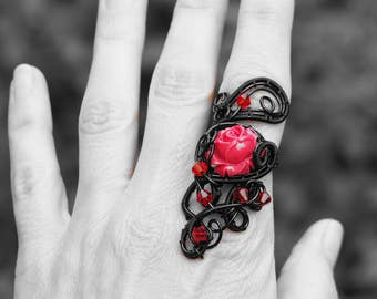 Dark Queen Red rose black ring Gothic Dark Souls jewelry Statement Wire wrapped Medieval Victorian Big Gift for girlfriend/her Handmade
