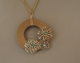 Washer Gold Tone Filigree Floral Rhinestones