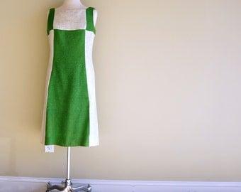 Mod Colorblock Dress MEDIUM 1960s Shift Dress Green Off White Linen Crisp Hopsack Sleeveless Vintage NWOT Deadstock Alison Ayers Original