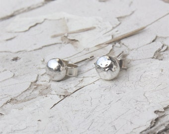 Sterling Silver Pebble Studs, Handmade Studs, Pebble Earrings, Solid Silver Nugget, Minimal Studs, Tiny Silver Studs ***UK FREEPOST***