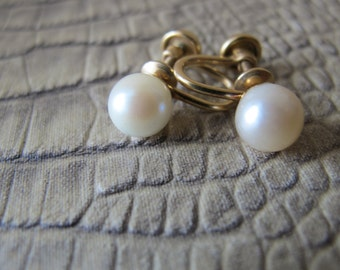 7 MM Japanese Cultured Pearl Earrings. Screw Backings. Vintage 1960s. Classic Pearl Jewelry. 12k gf Non-Pierced Backs. On the Ear Stud Style