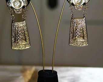 Vintage French Couture High End Etruscan Gripoix Long Dangle Exquisite Earrings E17