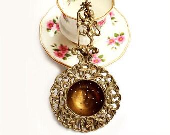 Antique Fleur De Lis and Lion Brass Tea Strainer,Florentine Tea Strainer, Italian Brass Tea Strainer,Victorian Style Tea Infuser
