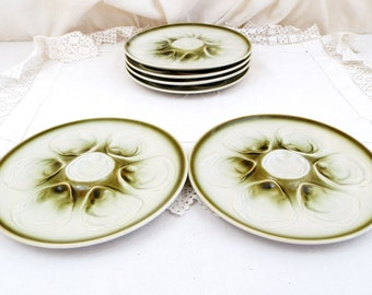 2 Vintage French Green and White Oyster Plates by St Armand / Seafood Tableware, French Dining, Retro Vintage French Interior, Mid Century