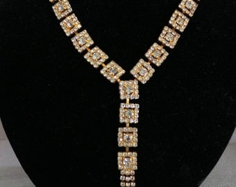 Necklace Stunning Rhinestone