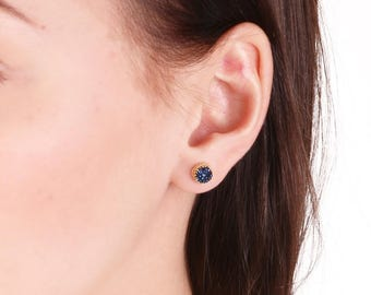Druzy earrings,druzy stud earrings,blue druzy,gemstone earrings,silver druzy earrings,delicate earrings.minimalist earrings,gift for her-