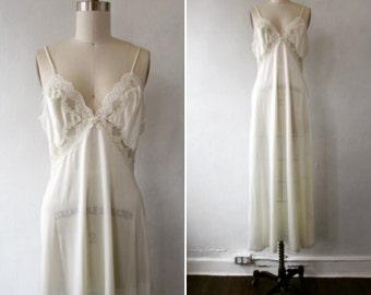 1990s slip   vintage slip   vintage lace slip   bridal lingerie   wedding lingerie   vintage lingerie   small - med   Forever Mine Slip