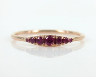 Seven-Stone Graduated Ruby Ring in 18K Rose Gold