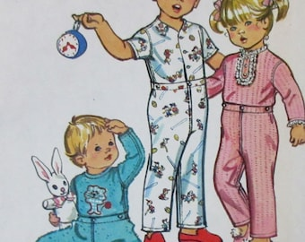 Vintage 1972 Simplicity Toddler Boy or Girls Footed or Footless Pajamas  Sewing Pattern #5051  size 3  Transfer Included