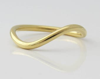 Wave Ring, Unique Wedding Band, Gold wedding Ring, Curved Wedding Band, Unique Gold Ring, 14k Gold Ring, Thin Wedding ring, Stackable Ring.