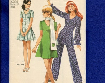 1970 Simplicity 8881 Mini Dress or Tunic with V Neck and Very Flared Scarf with IPod Pocket and Pants  Size 14