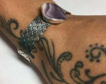 Wampum Shell Wide Band Cuff Mermaid Scale Lace Detail Stamped Sterling Silver Rare Color
