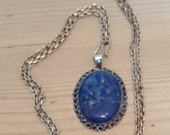 Vintage sterling silver lapis lazuli pendant and chain