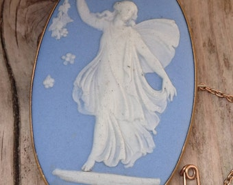 Beautiful large Angel Wedgwood brooch