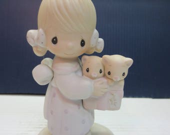 Precious Moments Porcelain Figurine To Thee With Love E-3120