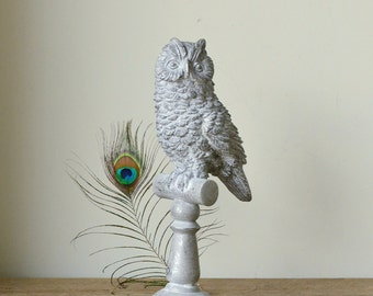 Lovely Grey Owl Statue on Perch with Silver Highlights