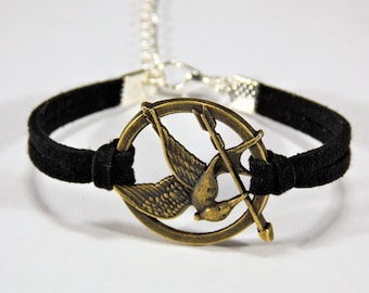 Mocking Bird Arrow: Black -- Adjustable Suede Layered Bracelet