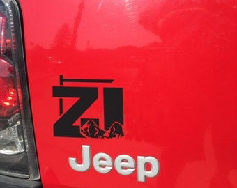 Jeep Cherokee ZJ with Mountains Decal