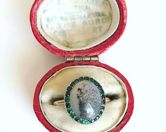 Georgian Agate Ring with Emerals Paste Surround