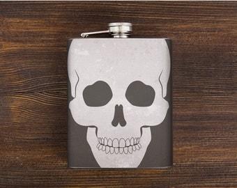 Skull hip flask - boyfriend gift - whiskey flask - alcohol flask - pocket flask - mens gift - liquor flask - stainless steel - 7  oz