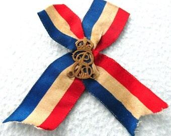 FREE POST - Rare Antique Ribbon Pin, Stick Pin, Blue White and Red, Edward VII, 1902 Coronation, Royalty Pin, Edwardian Fashion, Old Pin