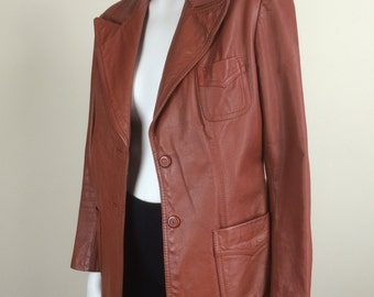 rust brown leather fitted blazer w/ wide lapels 70s
