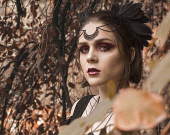 Black Feather Headpiece - Lilith