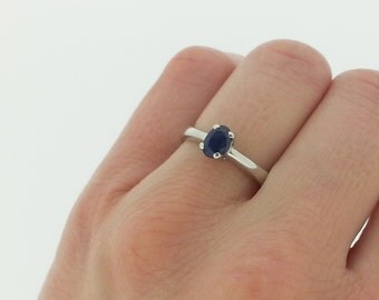 Blue Sapphire Solitaire Engagement Ring