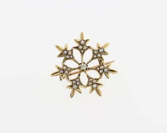 Snowflake Brooch with Diamond and pearls