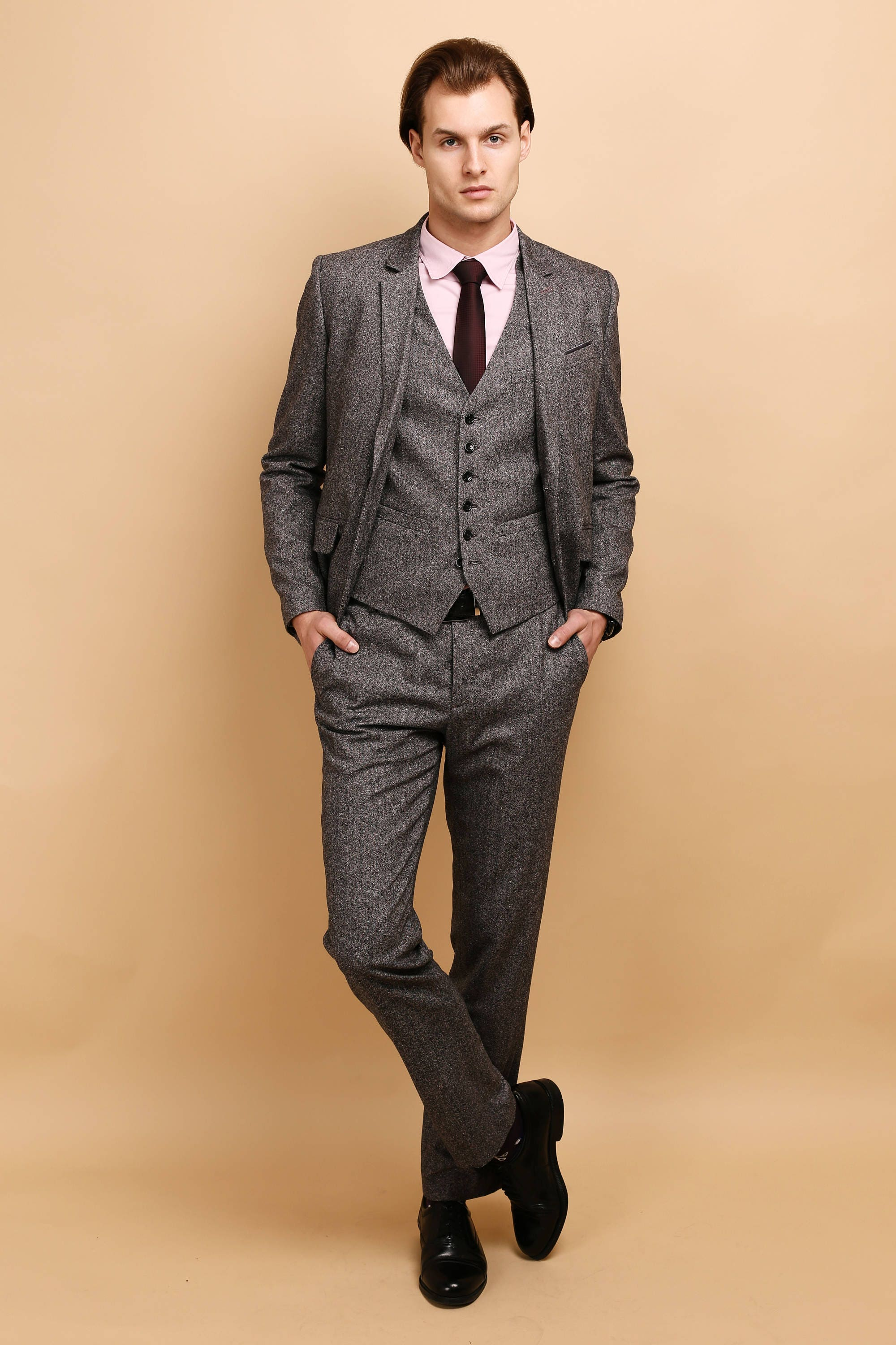 Find great deals on eBay for Mens 3 Piece Suit in Suits for Men. Shop with confidence. Find great deals on eBay for Mens 3 Piece Suit in Suits for Men. Shop with confidence. GREY VELVET LIKE MANNEQUIN HEAD. CHECK OUT OTHER FOAM MANNEQUIN HEADS WE HAVE. GREY MANNEQUIN HEAD. Flap pocket, dual side vents Flat front pants.