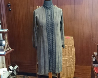Vintage blouse, long blouse, Zikin blouse, Zikin Design, Zikin Indonesia, black blouse, black Zikin blazer, brown blazer, brown Zikin blazer
