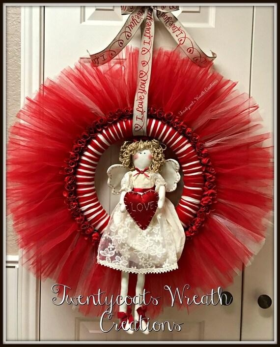 Valentines wreath - Angel wreath - tutu wreath - Valentines - Angel - Tutu - red/white wreath