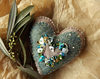 Felt heart ornament.Embroidered two-sided heart ornament.Great Mother's Day Gift.One-of-a-kind heart ornament.Olive green heart