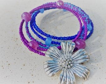 Flower Bracelet, Statement Bracelet, Violet Bracelet, Gypsy Bracelet, Purple Bracelet, Beaded Bracelet, Hippie Festival, Boho Bracelet