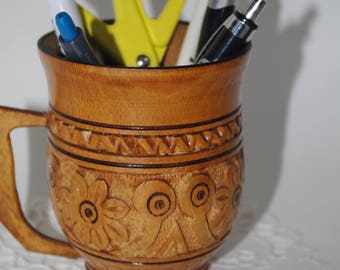 Hand carved folk Bohemian wood mug Floral cup Ukrainian Ukraine Makeup Storage Hand made Pen holder Pencil holder Makeup brush holder Beauty