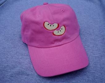 APPLE SLICES HAT