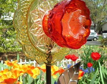 glass garden art, plate flower, yard art, suncatchers, garden ornament, upcycled, repurposed,, Birthday, gardening gifts