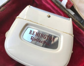 Vintage 1950s Remington Rollectric Auto / Home Electric Shaver with Case