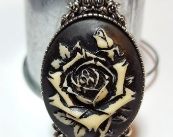 Vintage Style Black Rose Cameo
