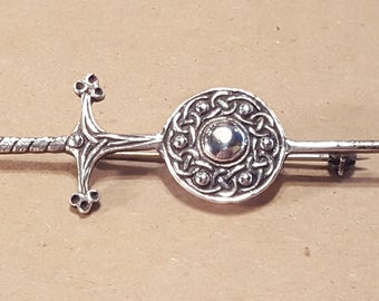 Iona John Hart Scottish Sword With Celtic Knot Sterling Silver Vintage Pin Brooch Kilt Pin