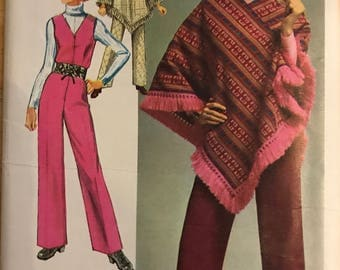 Simplicity 9066 - 1970s Jumpsuit and Poncho - Size 10 Bust 32.5